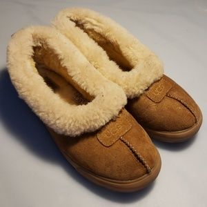 UGG sherpa slippers